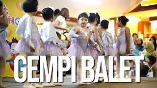 Video Gempi Balet di Tonton Papa Mama MP3, 3GP, MP4, WEBM, AVI, FLV Juni 2019