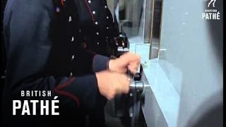 Video The Crown Jewels (1967) MP3, 3GP, MP4, WEBM, AVI, FLV Januari 2018