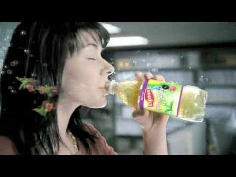 Lipton Commercial for Lipton Sparkling Green Tea (2009) (Television Commercial)