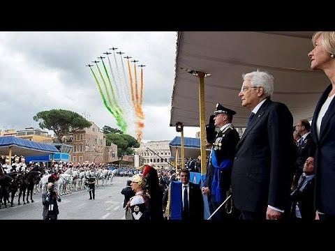 Ιταλία: Μεγαλειώδης παρέλαση για την 70η επέτειο ανακήρυξης της Δημοκρατίας