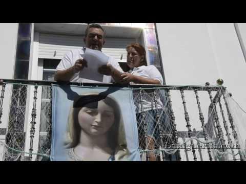 Parada de la Virgen del Mar a las puertas de la Casa de Antonio y Mariana
