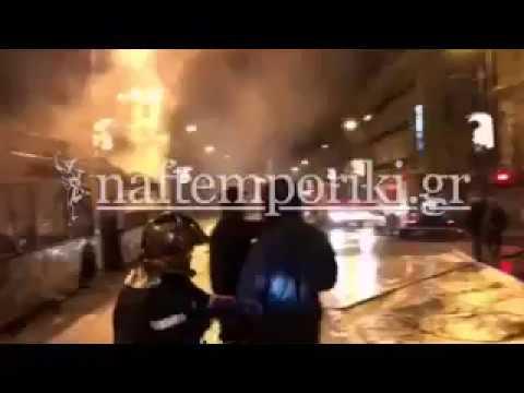 Φωτιά σε τρία τρόλεϊ στην Πατησίων