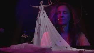 Frida Premiere Show