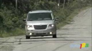 2009 Chrysler Town&Country Review By Auto123.com