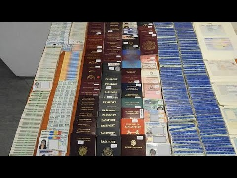 Στα ίχνη «βιομηχανίας» πλαστών διαβατηρίων για μετανάστες η ΕΛ.ΑΣ.…