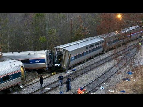 Amtrak CEO blames freight train operator for deadly South Carolina crash