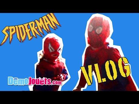 ( VLOG ) Fantin et Amantine jouent à Spiderman et Spider-girl  - Démo Jouets