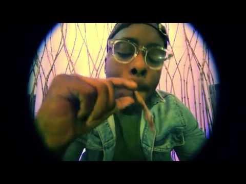 Machine Gun Kelly Ft. Tezo & Dub-o  - Chill Bill (Remix)