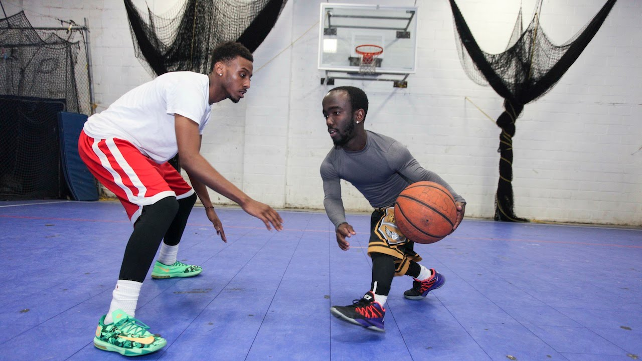 Dwarf Basketballer: Proving Size Doesn't Matter On The Court