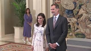 SS.MM. los Reyes reciben al patronato de la Fundación Comité Español de los Colegios del Mundo Unido