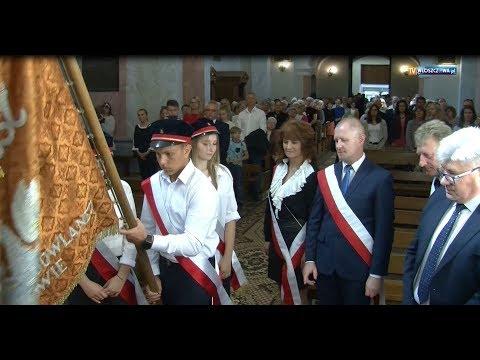 Sztandar firmy STOLBUD został przekazany do Izby Regionalnej w Bibliotece Publicznej we Włoszczowie