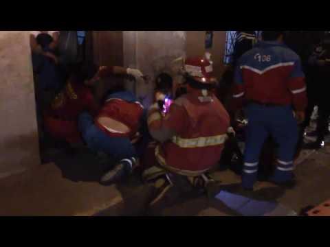 CUERPO DE SERENAZGO DE JESÚS NAZARENO AUXILIA DOS HERIDOS EN ACCIDENTE DE TRÁNSITO