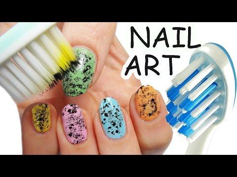 nail art con lo spazzolino da denti