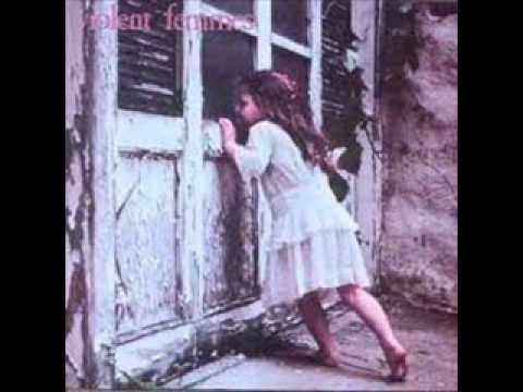 Tekst piosenki Violent Femmes - Please Do Not Go po polsku