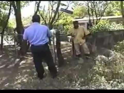POLICÍAS AGREDIDOS CON CUCHILLO EN NICARAGUA mpg