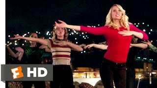 Nonton Pitch Perfect 3 (2017) - Toxic Fight Scene (8/10) | Movieclips Film Subtitle Indonesia Streaming Movie Download
