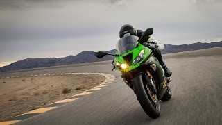 6. 2014 Kawasaki Ninja ZX-6R - Light-Heavyweight Shootout Part 3 - MotoUSA