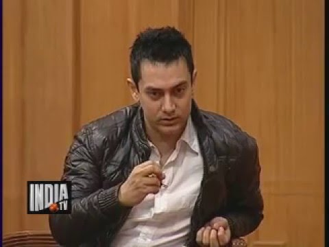 Video Aamir khan on '3 idiots' Movie and Chatur Ramalingam | Aap Ki Adalat download in MP3, 3GP, MP4, WEBM, AVI, FLV January 2017