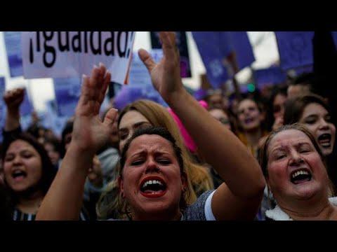 Παγκόσμια Ημέρα Γυναίκας: Στους δρόμους οι γυναίκες σε όλη την Ευρώπη…