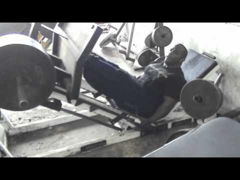 Antrenament Picioare Johnnie Jackson 13-03-2012 Partea I