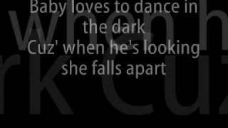 Lady Gaga - Dance In The Dark + Lyrics
