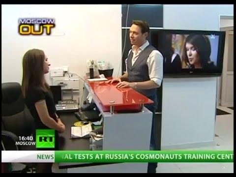 Канал Russia Today на приеме в стоматологии Премьер Клиник.