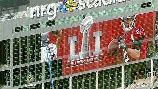 Nedjelju uveče više od stotinu miliona Amerikanaca provešće pred TV-ekranima. Pratiće 51. Super Bowl u Houstonu između New England Patriotsa i Atlanta Falcon...