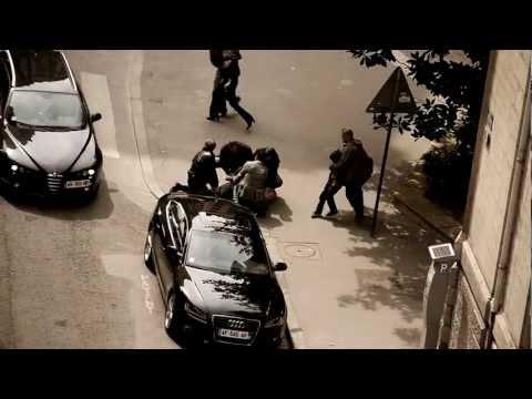 LES LYONNAIS - Arrestation de Tchéky Karyo