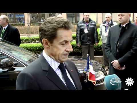 Sarkozy: 'UK and France ready to intervene in Libya if violence escalates'