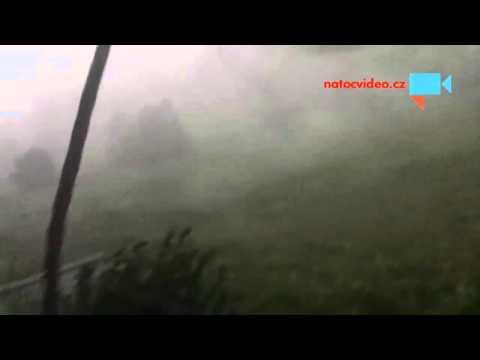 Letní bouře na Jižním městě v Praze