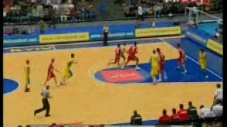 Muhteşem Basketbol Milli Takım 12 Dev Adamdan Ukraynaya evinde fark: 64-86 Süper Hido, süper Kerem Gönlüm. Saint Benoit'nın gururu Engin Atsür'den harika oyun.