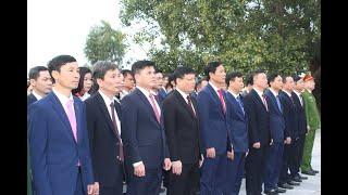 Đoàn đại biểu Thành uỷ - HĐND - UBND - UBMTTQ, các đoàn thể, lực lượng vũ trang thành phố dâng hương tưởng niệm anh hùng liệt sỹ