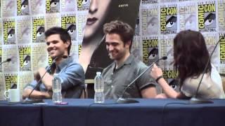 Nonton Comic Con 2012 - 'Twilight Saga: Breaking Dawn pt 2' Panel Part 1 of 3 Film Subtitle Indonesia Streaming Movie Download