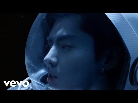 Video Kris Wu - Freedom ft. Jhené Aiko (Official Music Video) download in MP3, 3GP, MP4, WEBM, AVI, FLV January 2017