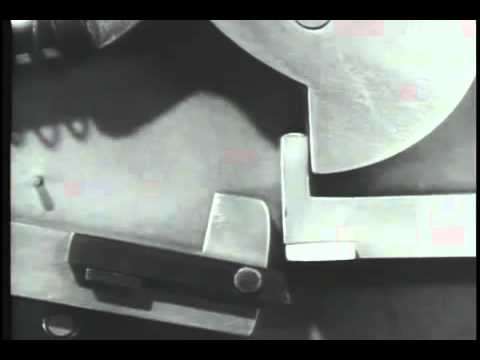 Old US WWII Video Explaining How Automatic and Semi-Automatic Weapons Work