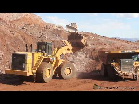 Video CAT 993K loading 777G's on I-11 Project download in MP3, 3GP, MP4, WEBM, AVI, FLV January 2017