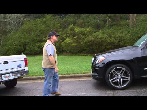 Video: Funny Video:  Evander Holyfield shows angry driver why road rage is a bad idea