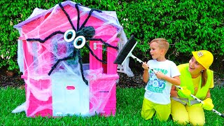 Video Vlad and Mama repairing children's playhouses MP3, 3GP, MP4, WEBM, AVI, FLV Juni 2019