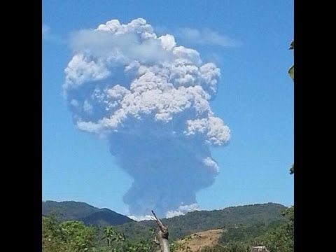 EL SALVADOR: NEW FOOTAGE CHAPARRASTIQUE VOLCANO ERUPTION TODAY DECEMBER 29, 2013