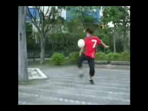 Los mejores trucos de fútbol callejero