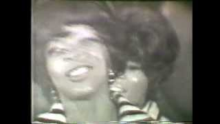 Dancing in the Street Martha Reeves & The Vandellas