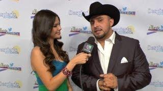 Juan Rivera Envió Besitos En El Cuello A Sus Fans En El Rincón Tuitero - Despierta América