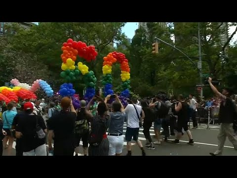 New York: LGBTQ - ein Regenbogen wird fünfzig / Erinn ...