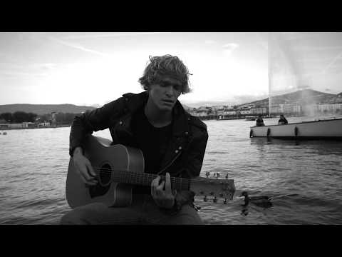 Cody Simpson - I Fall In Love Too Easily (live acoustic)