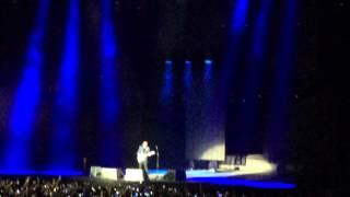 Ed Sheeran - CON TE PARTIRÒ (Andrea Bocelli Cover | Live in Milan 27/01/15) [HD]