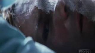 A short but powerful scene where Harvey wakes up in the hospital with his half-burned face. He sees the coin and remembers Rachel. Copyright: Warner Bros. 2008