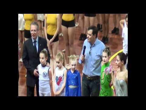 Parata finale; intervento del sindaco di Novara Andrea Ballaré; Bob Rattazzi spiega cos'è il baskin