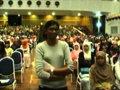 listen - Brave Miss Bawani VS Arrogant Sharifah Zohra Jabeen Support them: http://www.facebook.com/pages/We-Are-All-Bawani/410766805669630?fref=ts Listen..Listen..Lis...