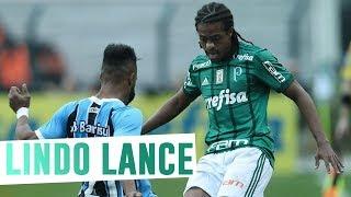 Keno parte para cima dos marcadores do Grêmio e protagoniza o Momento FAM da vitória do Verdão. ------------------------ Assine o Premiere e assista a todos ...