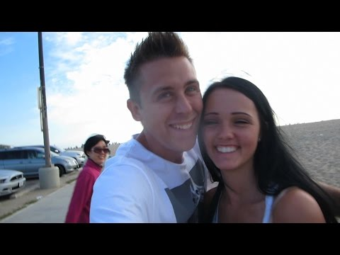 Beat - Yesterdays Vlog - http://youtu.be/l81ClyElkzc SNAPCHAT - romanatwood Instagram - @RomanAtwood Twitter - https://twitter.com/romanatwood Smile More Store- http://www.RomanAtwood.com Send Mail...